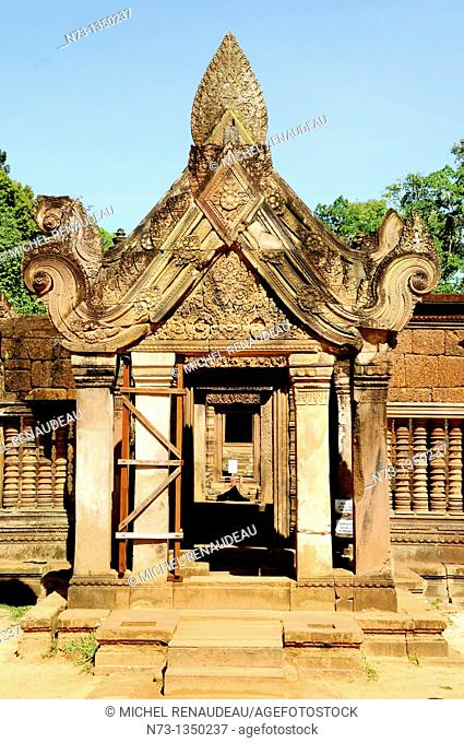 Cambodia, Siem Reap, Angkor classified World Heritage by UNESCO, the temple of Banteay Srei said the citadel of women, one of the oldest temples of Angkor