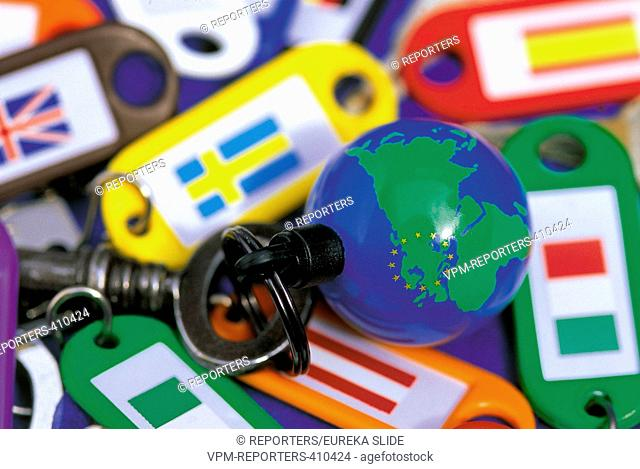 KEY - EARTH - SYMBOL - COUNTRY - WORLD - MAP OF THE WORLD - EUROPE - FLAGS - EU - EUROPEAN UNION - EU SYMBOL EKA © REPORTERS / Eureka Slide