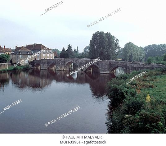 Saint-Savin-sur-Gartempe, pont gothique