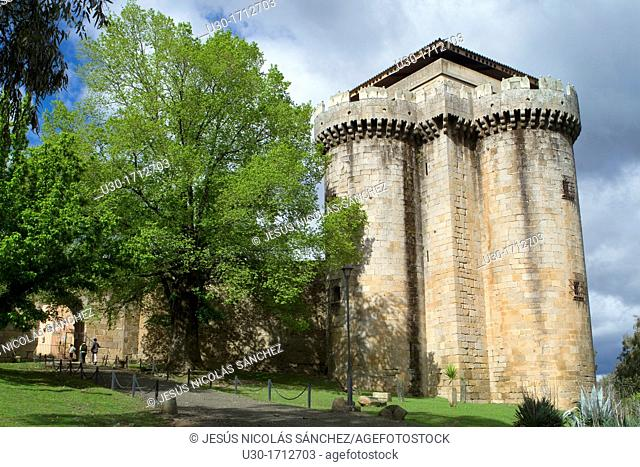 Castle of the deserted and fortified village of Granadilla, declarated Historical-Artistic Site next to the Garbiel y Galán Reservoir  Cáceres  Extremadura...