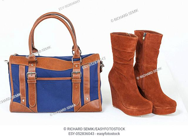 brown-blue handbay and brown autumn boots