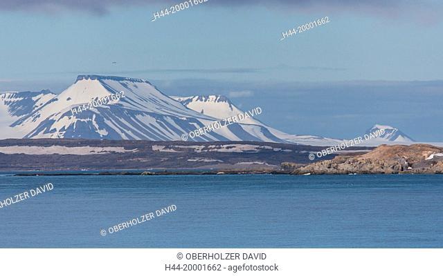 Spitsbergen, Svalbard, mountains, water