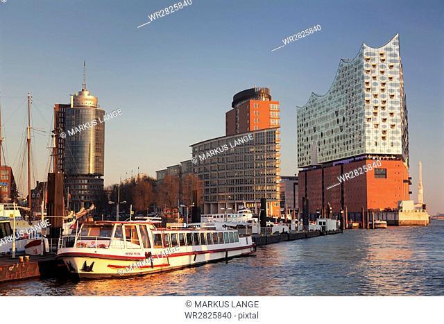 Elbphilharmonie at sunset, Elbufer, HafenCity, Hamburg, Hanseatic City, Germany, Europe
