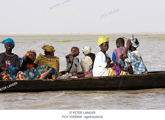 Pinasse on Lake Debo, formed by the seasonal flooding of the Niger River, Mali