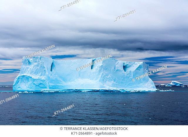 Antarctica, Antarctic Peninsula, Icebergs
