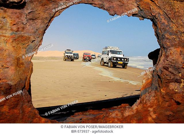 Jeeps at the shipwreck of Shawnee, Conception Bay, Diamond Area, Namibia