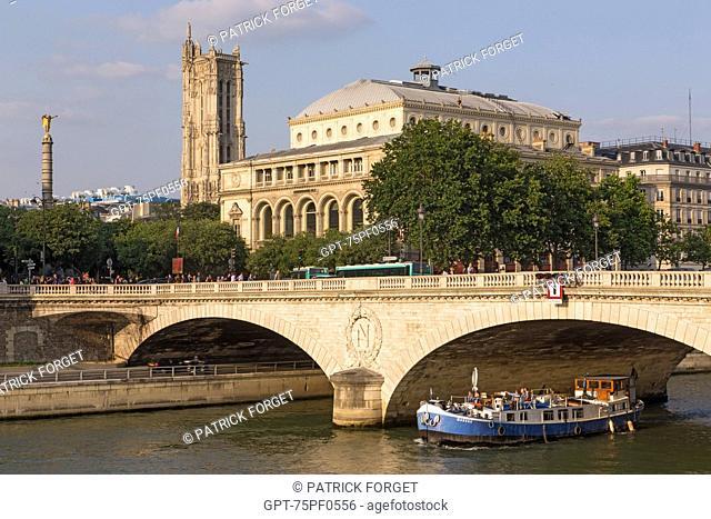 BANKS OF THE SEINE, PONT NEUF BRIDGE, THE MUNICIPAL THEATRE AND THE SAINT-JACQUES TOWER, PARIS (75), FRANCE