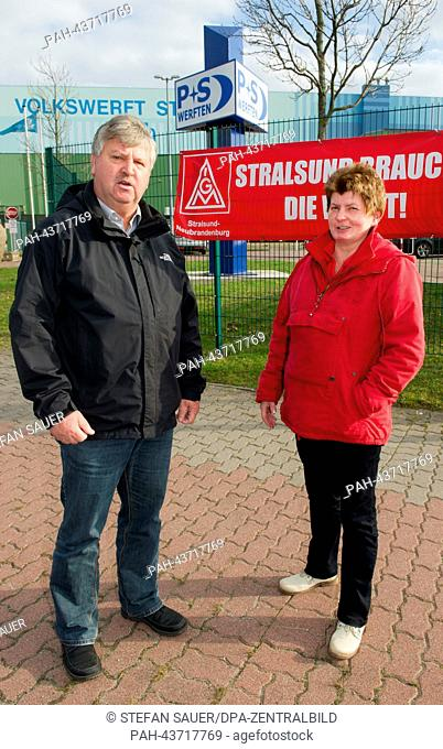 Stralsund engineer Burghard Otto (57, L) and Yvon Hentschel (50), former Volkswerft employees who will start receiving unemployment from the government on 01...