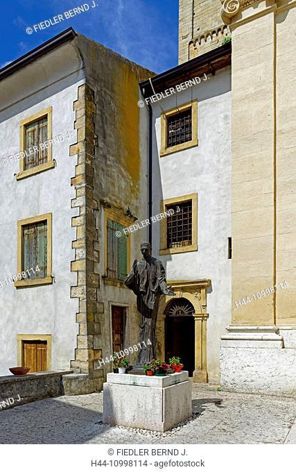 Priest, Giovanni Calabria, 1873 - 1954, statue, bronze, Chiesa di Negrarn San Martino