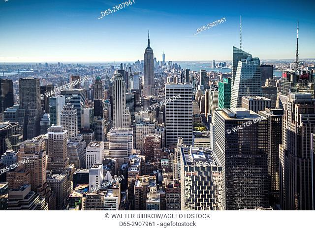 USA, New York, New York City, Mid-Town Manhattan, elevated view of The Empire State Building, morning