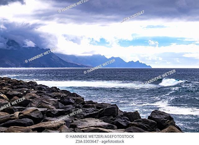 Waves hitting the coastline of Agaeta, Gran Canaria