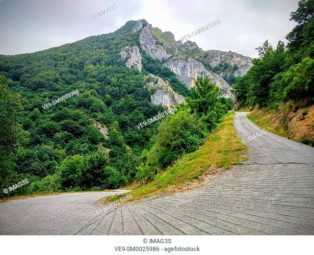 Road to Perlunes, Somiedo Natural Park and Biosphere Reserve, Asturias, Spain