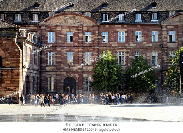 France, Bas Rhin, Strasbourg, listed as World Heritage by UNESCO, place du Chateau, the Fustel-de-Coulanges school next to the Notre Dame Cathedral