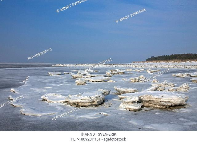 Ice floes in frozen mudflats in winter at the Wadden Sea National Park, Germany