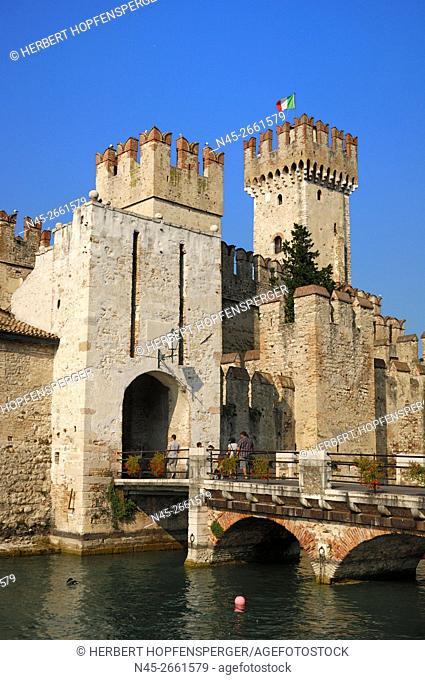 Scaliger Castle Ramparts, 13th century, Entrance, Gate, Sirmione, Lombardy, Lake Garda, Lago di Garda, Italy