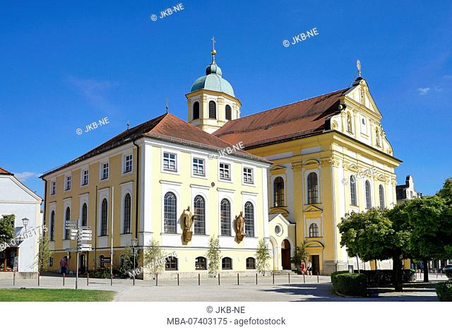 Germany, Bavaria, Upper Bavaria, Altötting, chapel place, capuchin church Saint Magdalena and Congregational Hall of the Marian Congregation of Men
