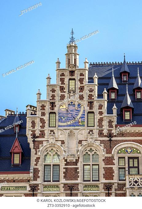 La Pharmacie Anglaise, detailed view, Brussels, Belgium