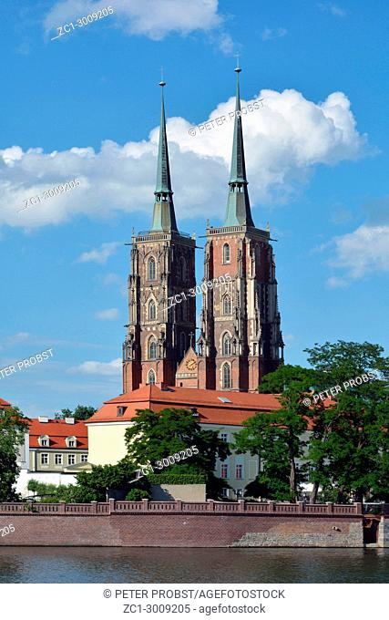 View over the river Oder to the Cathedral Island with the Cathedral of St. John the Baptist of Wroclaw in Poland - Ostrow Tumski