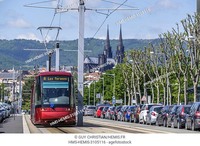 France, Puy de Dome, Clermont Ferrand, Republique avenue
