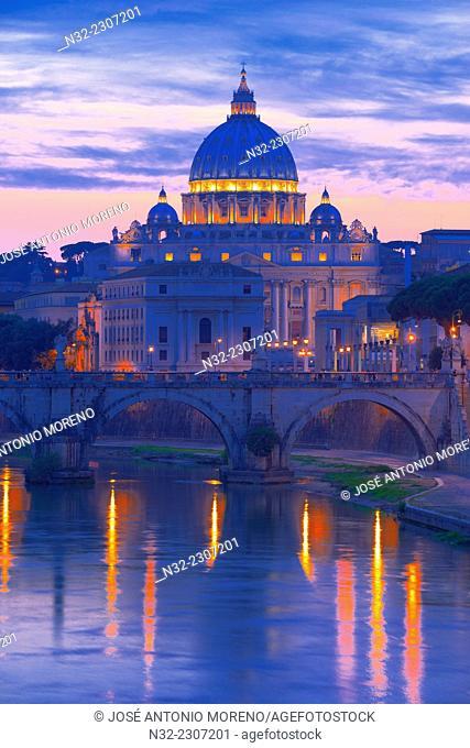 Saint Peter's Basilica, Ponte Sant' Angelo, Sant'Angelo Bridge, River Tiber , Vatican City, Rome. Lazio, Italy