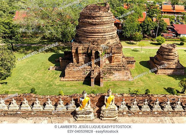 Stupa and Buddhas at Sukhothai Historical Park Thailand