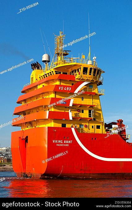 VIKING AVANT is built with bridge and engine aft, contrary to all previously built oil platform supply vessels sailing from Montrose Scotland with supplies for...