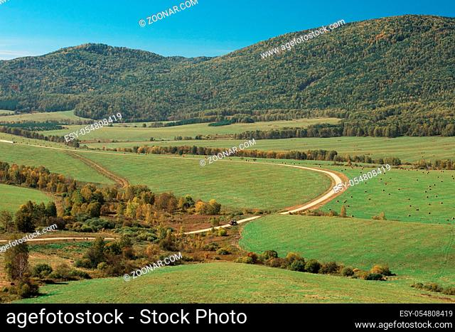 Road at the mountains, horisontal panorama