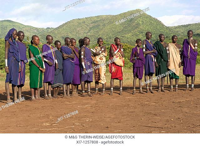 Women watching the Donga stick fight ceremony, Surma tribe, Tulgit, Omo river valley, Ethiopia