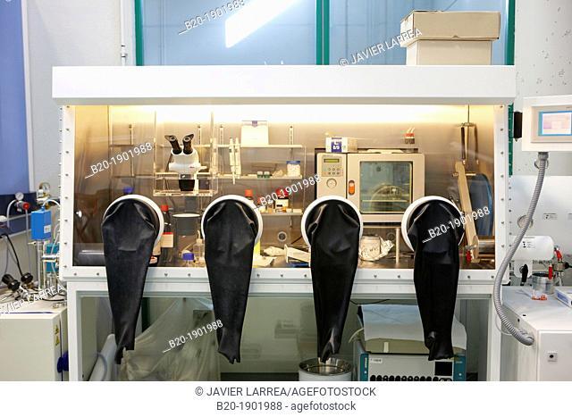 Controlled atmosphere glove box, Synthesis Laboratory, CIC nanoGUNE, Nano science Cooperative Research Center, Donostia, San Sebastian, Gipuzkoa, Basque Country