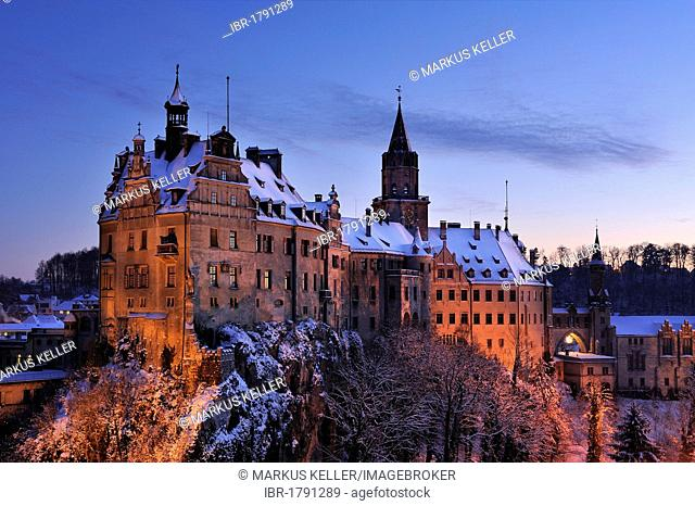 Schloss Sigmaringen Castle in winter at twilight, Sigmaringen district, Baden-Wuerttemberg, Germany, Europe