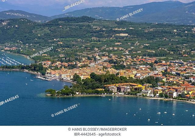 Lido Mirabello Beach, Bardolino, Lake Garda, Veneto, Italy