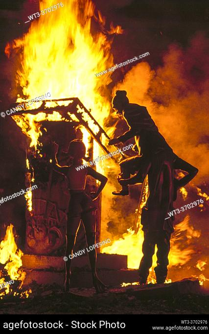 Fallas festival, La Cremá, Nit del Foc, night of the fire, ninots burning, . VALENCIA, VALENCIAN COMMUNITY, SPAIN, EUROPE