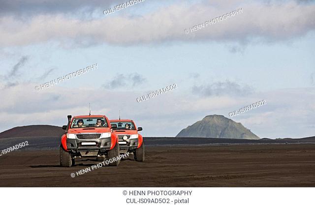 Customised SUVs on the Icelandic highlands, Maelifellssandur, Fjallabak, Iceland