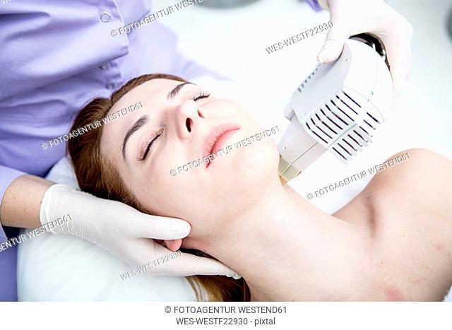 Aesthetic surgery, infrared light treatment, photolifting