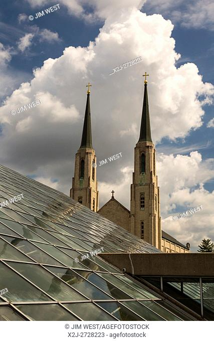 Fort Wayne, Indiana - The Cathedral of the Immaculate Conception, next to the Foellinger-Freimann Botanical Conservatory