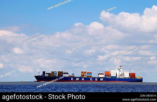 CMA CGM Sambhar auf der Elbe, freighter CMA CGM Sambhar