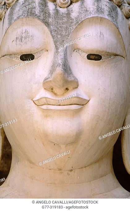 Wat Si Chum. Sukhothai, Thailand