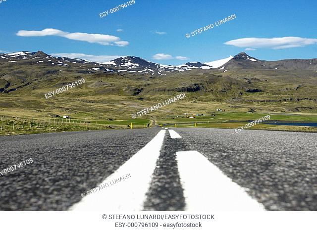 Iceland, Peninsule o Snaefells, the road called 'The Ring'