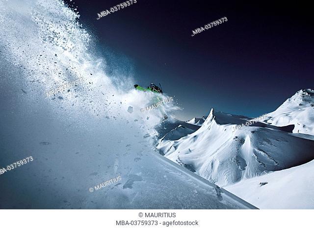 Snowboarder, powder snow