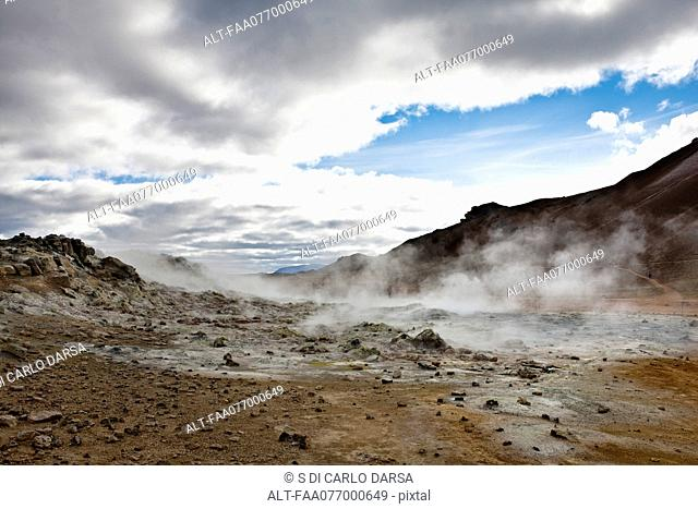 Iceland, Namafjall, fumaroles and mudpots releasing steam and sulfur gas