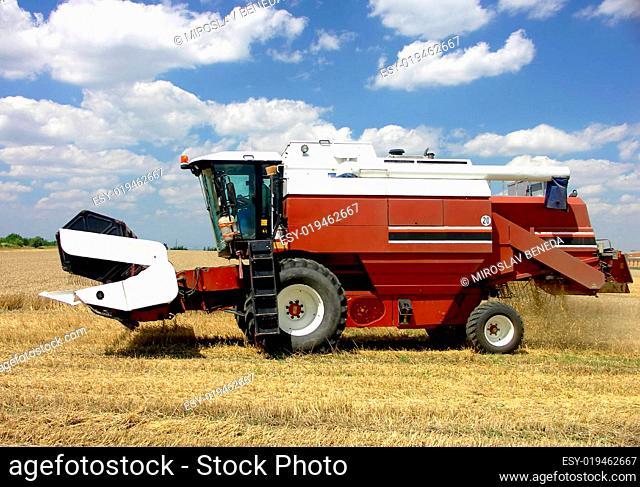 Harvester - combine