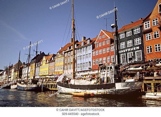 Boats moored in the Nyhavn ('New Harbor'), Copenhagen. Denmark