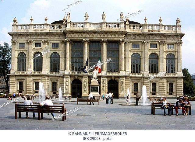 Turin Torino Piemonte Piedmont Piazza Castello Reale Palazzo Madame with baroque facade
