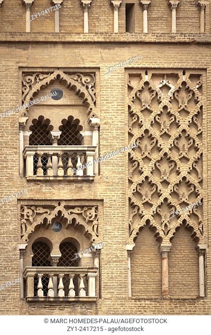 Motifs at the belltower of Seville (Giralda)