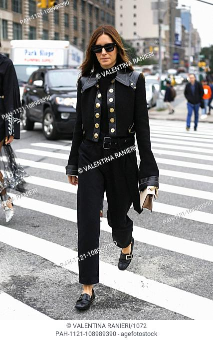 Blogger Gala Gonzalez posing on the street during New York Fashion Week - Sept 11, 2018 - Photo: Runway Manhattan ***For Editorial Use Only?*** | usage...