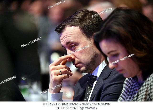 Paul ZIEMIAK (CDU secretary general) next to Dorothee BAER, skeptical, gesture, portrait, portrait, portrait. CSU Party Congress 2019 / Election of the party...