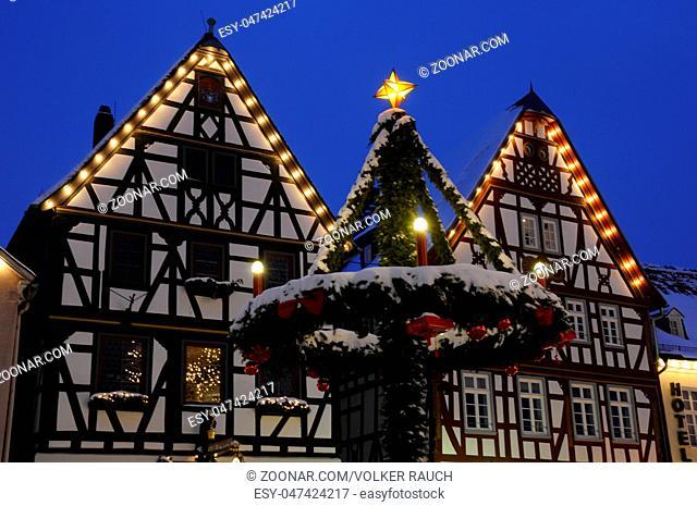 Haus Weihnachtsbeleuchtung.Haus Am Marktplatz Stock Photos And Images Age Fotostock