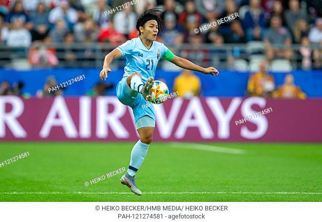 France, Reims, Stade Auguste-Delaune, 11.06.2019, Football - FIFA Women's World Cup - USA - Thailand Photo: vl Kanjana Sung-Ngoen (Thailand