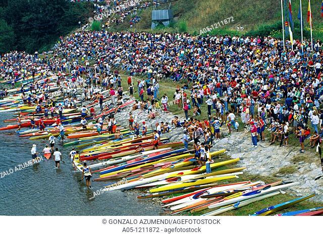 Descending Sella River between Arriondas and Ribadesella. Kayaks and canoes. Oriente region. Asturias.  Spain