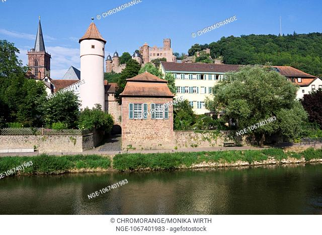 View from the Tauber River of Wertheim with the Kittsteintor, in the background Wertheim castle, Main-Tauber district, Baden-Wuerttemberg, Germany, Europe